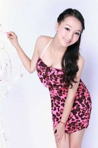 Chinese women and girls from China seeking men for love, relationship and romance. Browse 1000s of Chinese women pics.